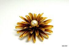 Vintage Pearl Flower Brooch Pin Modern Gold
