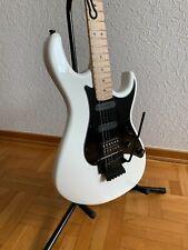 Cort G250FR, günstige Strat- Style E-Gitarre mit Tremolo, ausgezeichneter Klang