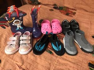 Toddler girl or boy's lot of 6 pairs of shoes, great value-for-money!