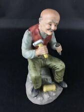 """Très fine en détails : statuette """"Sculpteur"""" ancien en biscuit de porcelaine"""