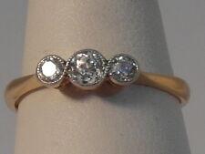 71G LADIES 18CT GOLD 0.25 CARAT DIAMOND TRILOGY RING SIZE M 1/2