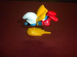 SMURF superhero flying Playset figure Schleich Peyo rubber hand painted 1970's