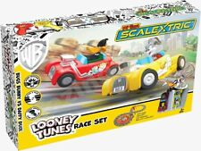 Scalextric G1140 My First Looney Tunes Slot Racing Set Bugs Bunny Vs Daffy Duck