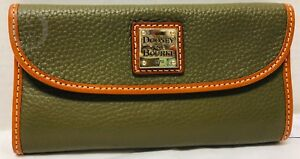 NWT*Dooney & Bourke* Olive Green*Continental Clutch Wallet*19011P S220