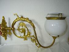 Große, alte Wandlampe aus Bronze mit Glasschirm