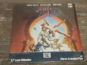 THE JEWEL OF THE NILE Vintage Laserdisc LD 2-Disc Set Video Movie Danny DeVito