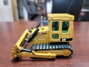 XRARE Caterpillar CAT D4E Dozer 1:50 Scale NZG Die-Cast Art# 205 NO BOX
