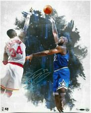 """SHAQUILLE O'NEAL Autographed Magic """"Baby Hook"""" 16 x 20 Photo UDA LE 32/32"""