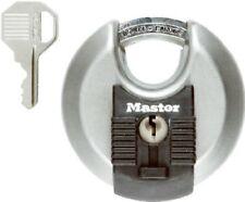 "MASTER LOCK M40, 2 3/4"" wide  MAGNUM WEATHERPROOF PADLOCK NEW"