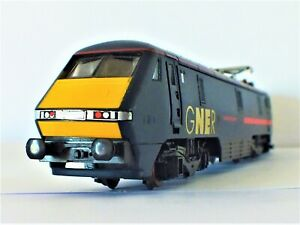 *NEAR MINT* Hornby R2002 Class 91 electric locomotive 91019 SE with GNER styling