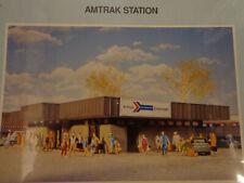 Walthers HO #933-3038 Amtrak(R) Station -- Kit