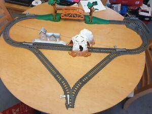 Trackmaster Thomas The Tank Engine latest Track Add On Set Bridge & 3 Way Tunnel
