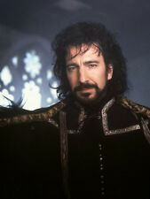 Alan Rickman ‏ 10 x 8 UNSIGNED photo - P62 - Robin Hood: Prince of Thieves