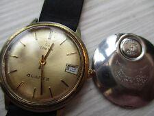 Vintage para hombre Timex Q, Cuarzo para piezas, usado, no Runner