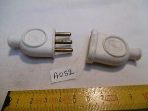 ancienne fiche 3 broches Ø 4, mâle et femelle pour rallonge électrique  (AO52)