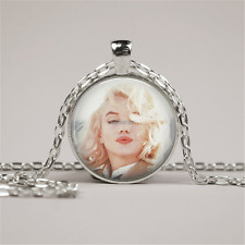Marilyn Monroe Necklace Kisses. Glass Picture Pendant Photo Pendant jewelry