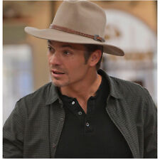 Justified Timothy Olyphant as Raylan Givens Close Half Smile 8 x 10 Inch Photo