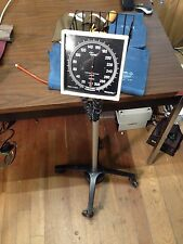 Welch Allyn Tycos Blood Pressure Gauge Cuff Sphygmomanometer W/ Stand Warranty