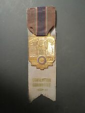 ANTIQUE 1945 MEDAL CHICAGO WW2 SHIP STATUE LIBERTY SOLDIERS AMERICAN LEGION IL