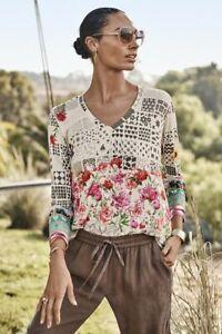 Johnny Was Mystery Print Long Sleeve V Neck Slim Tee Shirt Blouse Flowers M NEW