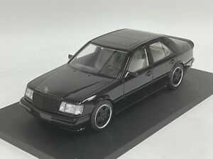 1/18  Mercedes Benz 300E 5.6 AMG W124 in Black Resin Hand Build Model
