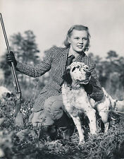 CHASSE c. 1950 - Chasseuse Fusil Chien  Setter  USA  - GF 222