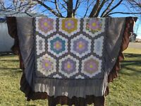 """Hand Made Brown Quilt Pattern Quilted Full Size Quilt 87""""x75"""" with skirt"""