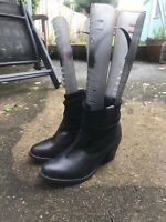 Mantaray Black Leather round toe Ankle Boots Size 5 Chelsea Boots B14