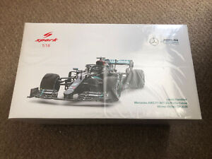 SPARK LEWIS HAMILTON MERCEDES AMG F1 W11 1/18 SCALE WINNER BRITISH GP 2020