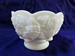 """WESTMORELAND WHITE MILK GLASS PANELED GRAPE 3 3/4"""" LOW FOOTED SHERBET #2-R"""
