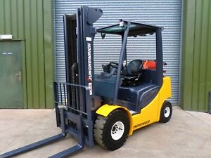 forklift/fork lift/forklift truck/ JUNGHEINRICH GAS  YEAR 2010 TRIPLE CONTAINER