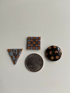 VINTAGE-RETRO- SQUARE TRIANGLE CIRCLE BUTTONS LOT OF 3