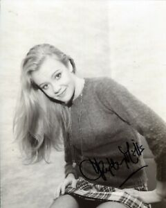 Actress HAYLEY MILLS signed 8x10 photo - In Person signing Ref24