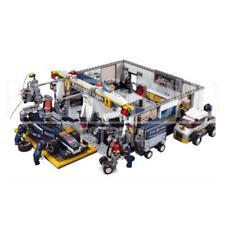 Sluban F2 Maintenance Garage Building Brick Set (741 Pieces)