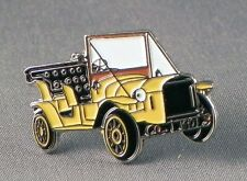 Bessie, Car Pin Badge
