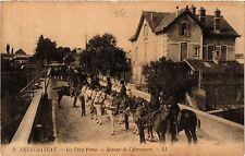 CPA  Neufchateau - Les Cing Ponts - Retour de l'Abreuvoir   (455512)