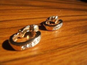 (213)VINTAGE AVON CLIP-ON EARRINGS -SHRIMP TAILORED