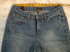 Aura From The Women At Wrangler Jeans Size 6P Short Rise