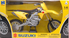 Suzuki RMZ450 Moto Cross 1:6 Model 49473 NEW RAY