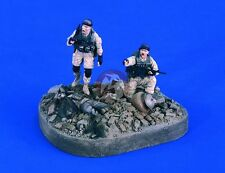 "Verlinden 1/35 ""Hunting Season"" US Soldiers in Iraq Vignette (3 Figures) 2364"