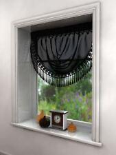 Rideaux et cantonnières noire en voile pour la chambre