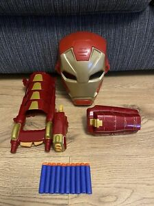 Marvel Iron Man Bundle Mask Sounds & Lights / Armour Dart Shooter Hasbro & Ammo