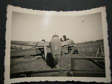 Original Foto WK2 WW2 Waffen-?? Artillerie Rgt He 111 notgelandetes Flugzeug