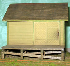 SMALL FREIGHT HOUSE HO HOn3 Railroad Structure Craftsman Unptd Wood Kit CM38925