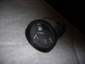 Aston Martin V8 classic 1970s 1980s Smiths fuel gauge working
