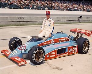 GORDON JOHNCOCK 1982 INDY 500 WINNER AUTO RACING 8X10 PHOTO