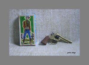 PILAZ TOYS NIB Cowboy Greece 80s Greek Metal Fake Kids Western Captain Couper