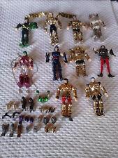 Lote de10 figuras  Caballeros del Zodiaco+22 piezas