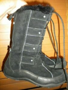 The North Face Primaloft Womens Boots black Suede Leather Insulated Faux Fur EUC