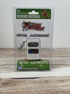 Worlds Coolest Mini Classic Football Electronic Handheld Game Claw Clasp Mattel